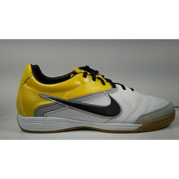 c4c330216 2010 NIKE CTR360 LIBRETTO ll IC Soccer Shoes